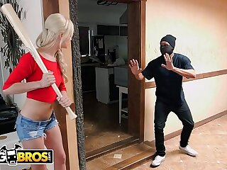 BANGBROS - Petite Teen Elsa Jean Fucks Big Dick Deflect