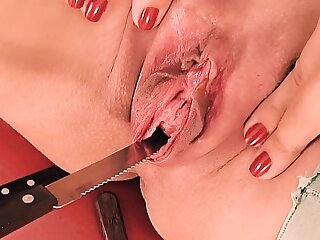 Peehole Fuck & Gaping! Knife & Forks Werid Pussy Insertion!