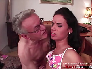 Grandpa bangs a young girl & pisses in her mouth! AMATEURCOMMUNITY.XXX